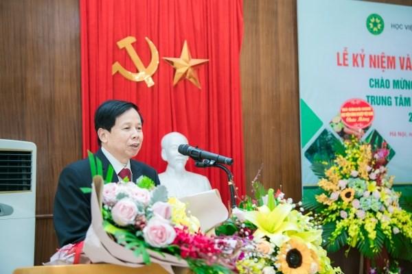 GS.TS. Phạm Tiến Dũng – Giám đốc Trung tâm Nông nghiệp hữu cơ