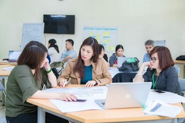 Các học viên tích cực tham gia thảo luận nhóm