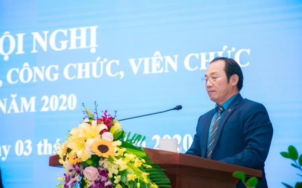 Đồng chí Trần Văn Túy - Phó Chủ tịch thường trực Công đoàn Nông nghiệp và Phát triển nông thôn Việt Nam phát biểu tại Hội nghị