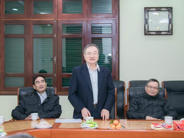 Thầy Đinh Văn Chỉnh - Khoa Chăn nuôi bày tỏ vui mừng trước những kết quả, thành tích mà Học viện đã đạt được trong năm 2019