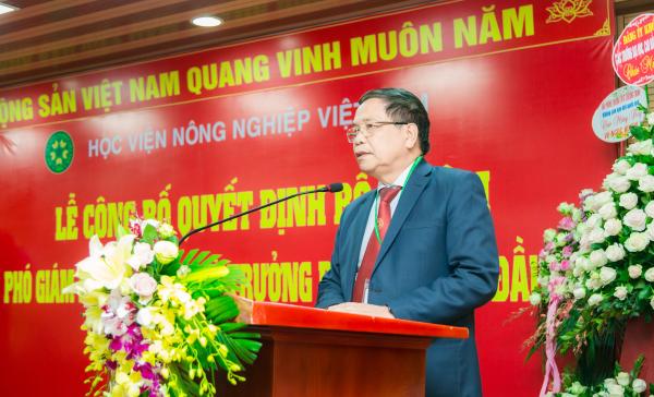 GS.TS. Trần Đức Viên – Chủ tịch Hội đồng Học viện phát biểu tại buổi lễ