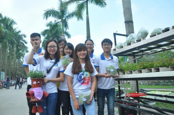 Sản phẩm có tính ứng dụng thực tiễn và lan toả xã hội là hướng nghiên cứu khoa học của sinh viên ngành Công nghệ Rau hoa quả và cảnh quan