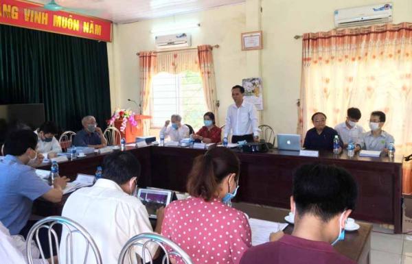 PGS.TS. Phạm Kim Đăng - Chủ nhiệm đề tài thay mặt nhóm nghiên cứu cảm ơn các đơn vị phối hợp và hội đồng đánh giá