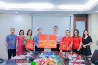 Tập đoàn Want-Want Đài Loan - chi nhánh Việt Nam trao tặng 36 000 phần quà cho Học viện Nông nghiệp Việt Nam