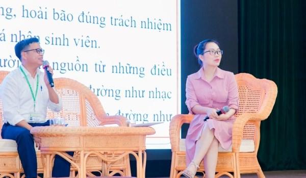 Chương trình tọa đàm chủ đề Chính trị - Pháp lý