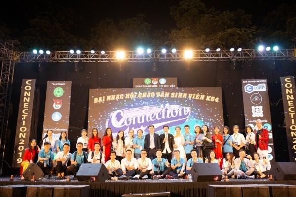 BCH Hội Sinh viên khóa XIV tại Đại nhạc hội Chào Tân sinh viên K64 - Connection 2019