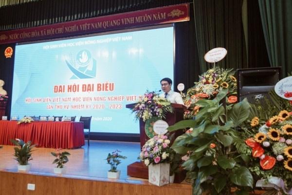 Đồng chí Nguyễn Trọng Tuynh – Phó Bí thư Đoàn TNCS Hồ Chí Minh Học viện đắc cử chức vụ Chủ tịch Hội Sinh viên Nông nghiệp Việt Nam khóa XV, nhiệm kỳ 2020-2023 phát biểu nhận nhiệm vụ tại Đại hội