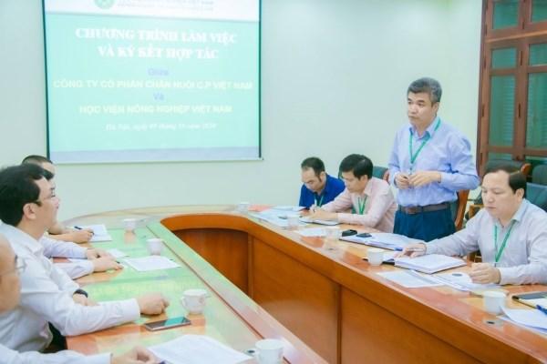 GS.TS. Phạm Văn Cường - Phó Bí thư Đảng ủy, Phó Giám đốc Học viện