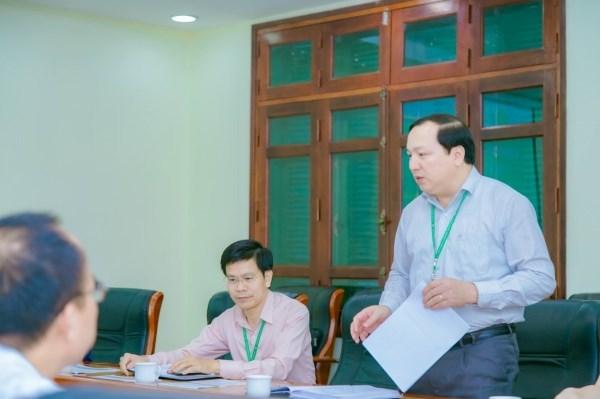 và TS. Vũ Ngọc Huyên - Phó Bí thư thường trực Đảng ủy, Phó Giám đốc Học viện gửi lời cảm ơn đến Công ty đã đồng hành, hỗ trợ trong đào tạo, nghiên cứu khoa học của Học viện trong suốt thời gian qua