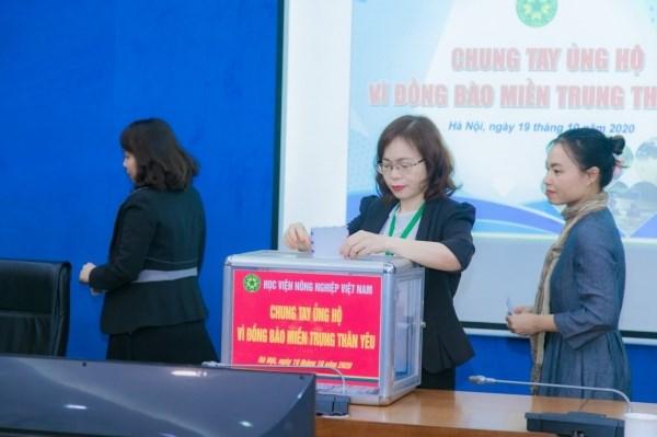 Học viện Nông nghiệp Việt Nam hướng trọn trái tim về đồng bào miền Trung