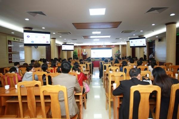 """Toàn cảnh hội thảo """"Kết nối chuyển giao công nghệ cho ngành sản xuất hoa của Việt Nam"""""""