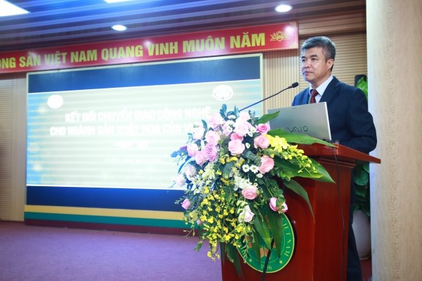 GS.TS. Phạm Văn Cường - Phó Giám đốc Học viện Nông nghiệp Việt Nam phát biểu tại hội thảo