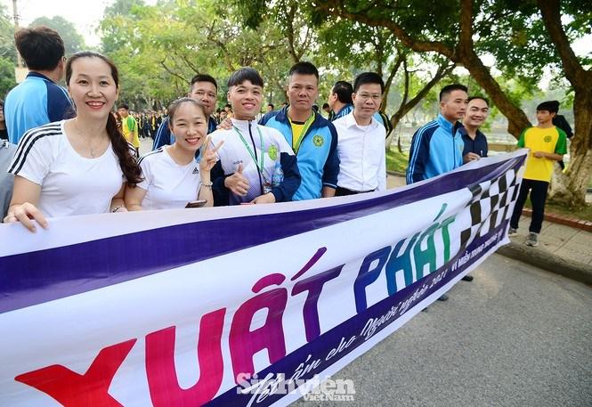 Giải chạy dành cho cán bộ, công nhân viên chức cùng sinh viên Học viện Nông nghiệp Việt Nam.