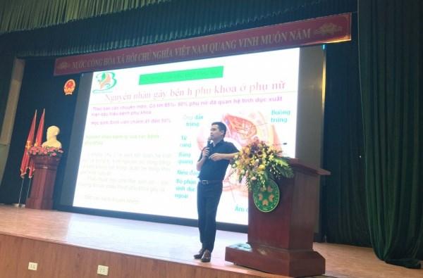 Bác sĩ Phạm Việt Tuân chia sẻ về các bệnh phụ khoa cho sinh viên nữ