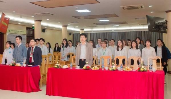 Toàn cảnh buổi lễ kết nạp đảng viên của Chi bộ sinh viên trực thuộc