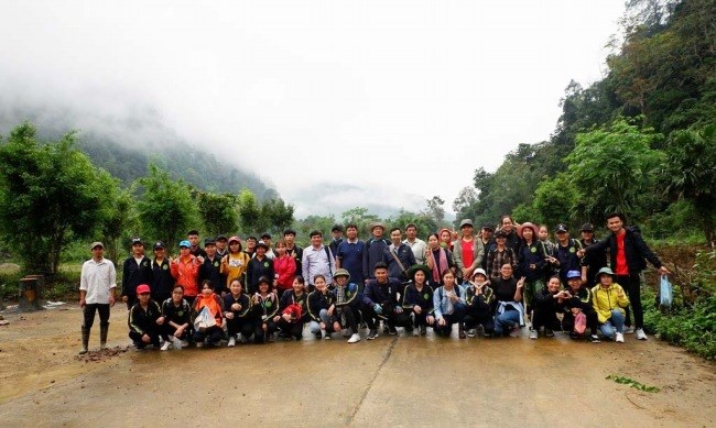 inh viên K62CNSHP thực hiện điều tra thực địa tại Vườn quốc gia Xuân Sơn, Phú Thọ