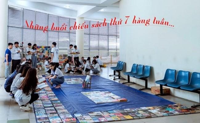 Hoạt động đọc và mượn sách miễn phí do CLB Skybooks tổ chức