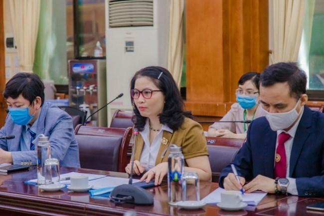GS.TS. Nguyễn Thị Lan - Bí thư Đảng ủy, Giám đốc Học viện Nông nghiệp Việt Nam phát biểu tại buổi lễ