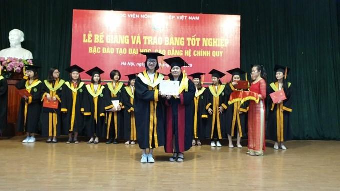 Trên 90% sinh viên của Học viện Nông nghiệp Việt Nam có việc làm trong 12 tháng sau khi tốt nghiệp