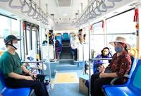 Biện pháp phòng, chống dịch Covid-19 khi sử dụng phương tiện giao thông công cộng