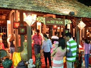 Phát triển du lịch làng nghề truyền thống trên địa bàn thành phố Hà Nội Thực trạng và giải pháp