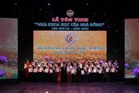 Phó Giám đốc Học viện Nông nghiệp Việt Nam được tôn vinh là Nhà khoa học của nhà nông
