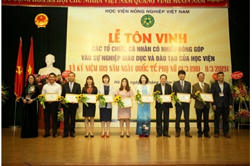 Recognition Ceremony for Organizations and Individuals' Notable Contributions to the Development of Vietnam National University of Agriculture (VNUA)