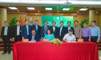 The signing ceremony of cooperation agreement with the People s Committee of Ninh Thuan province and Trung Nam Group
