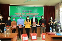 Gifts for foreign students in difficulties due to the Covid-19 epidemic
